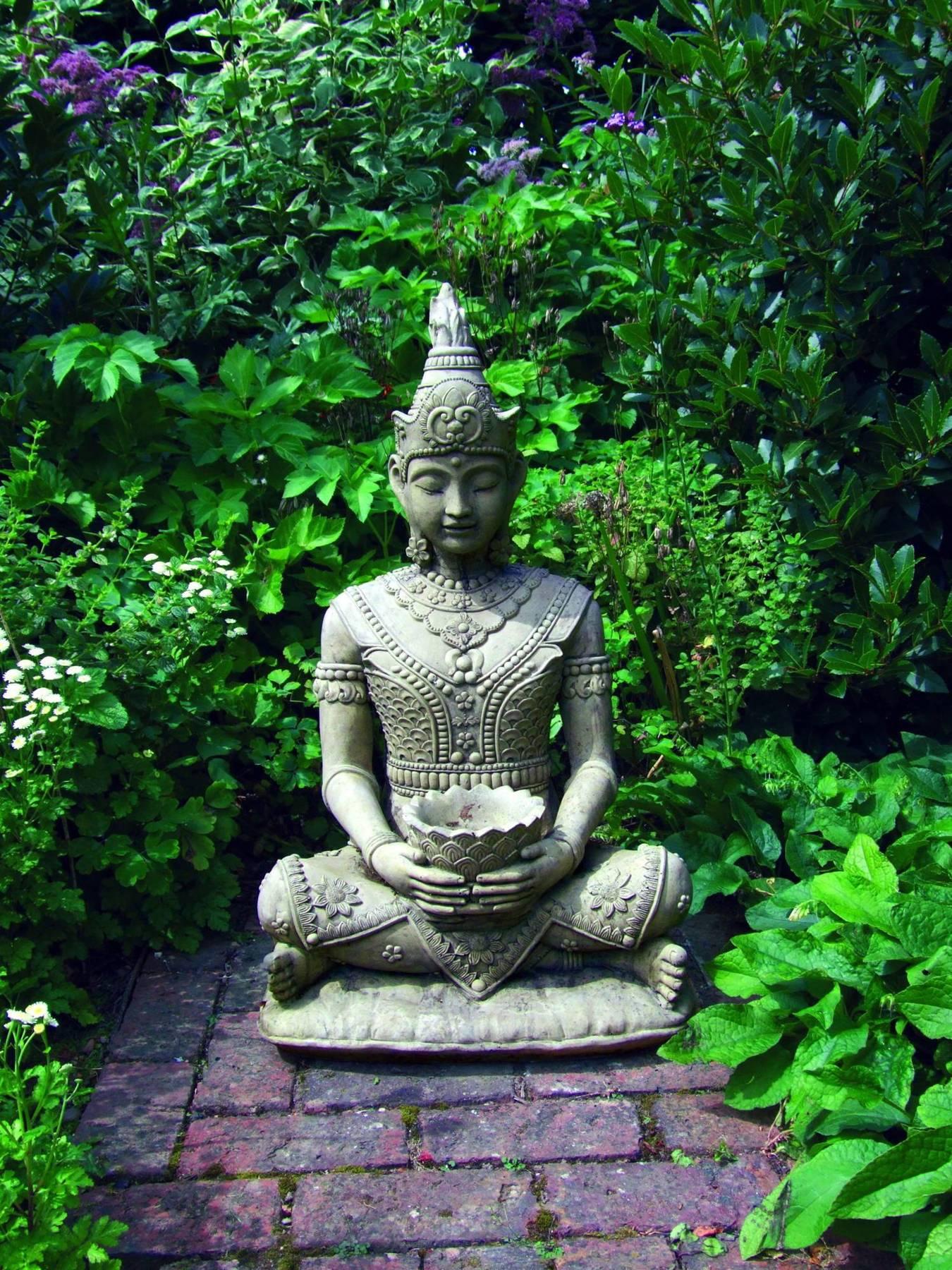 Serene Buddha Statue Garden Ornamnents