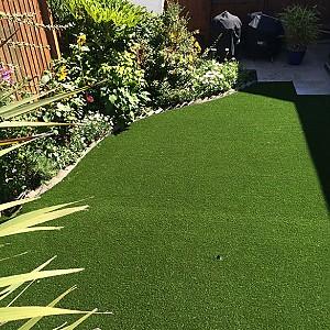 Bãi cỏ nhân tạo