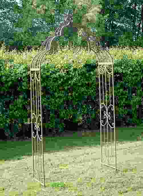 Rusty Vintage Antiqued Metal Garden Arch